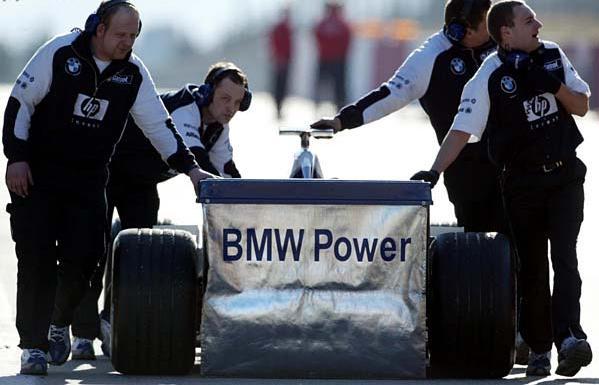 Didėja BMW vadovų nerimas