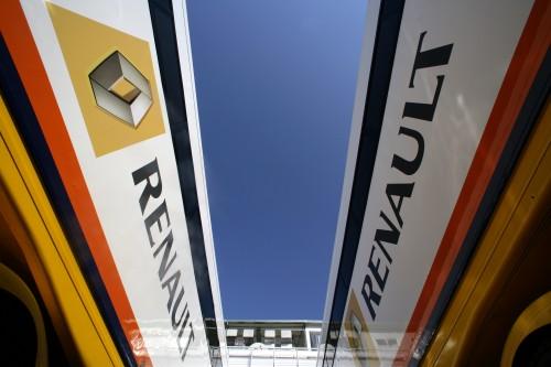 """""""Renault"""" pristatymas – sausio 31 d."""