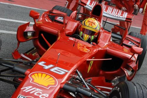 """V. Rossi vėl bandys """"Ferrari"""""""
