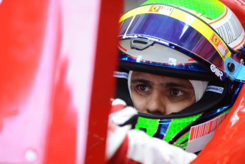 F. Massa dar dvi dienas bus komoje