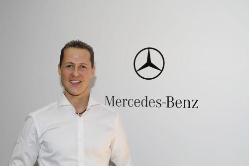 """M. Schumacheris grįžta į """"Formulę-1"""", lenktyniaus """"Mercedes"""""""