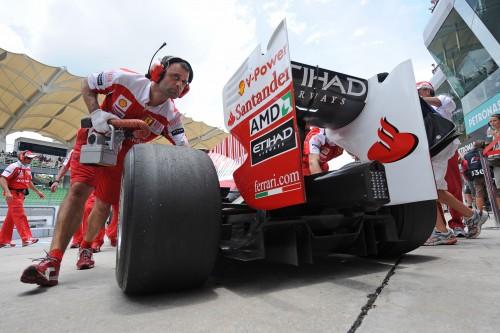 """Ferrari"" boliduose – modifikuoti varikliai"
