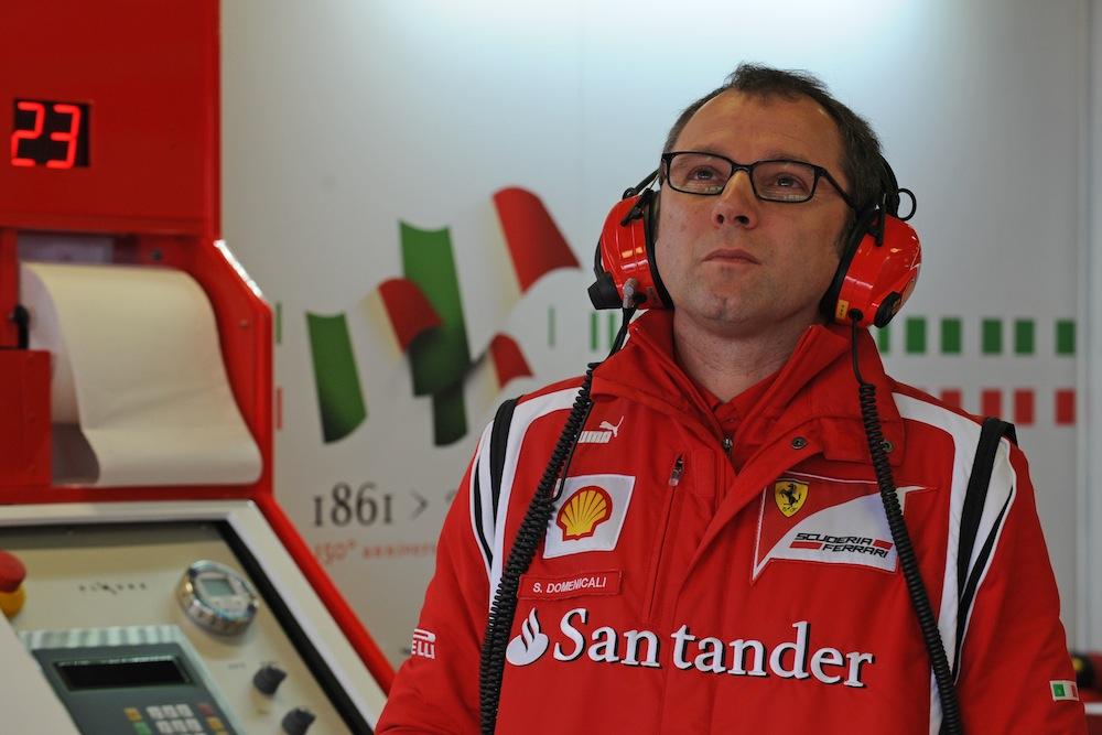 """""""Ferrari"""": F2012 bus pergalingas nuo pat pradžių"""