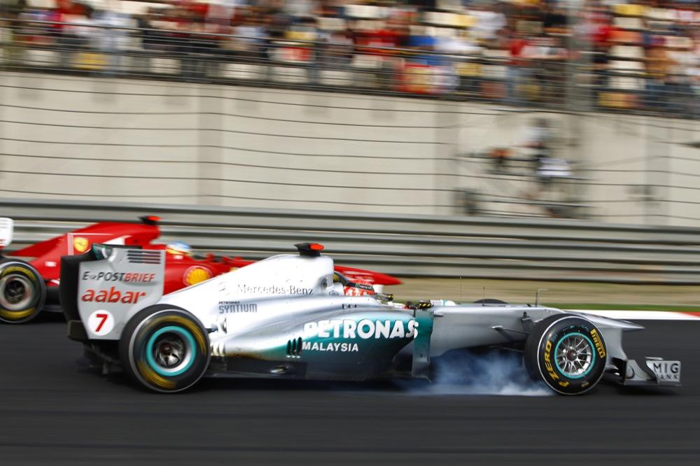 FIA patikslino F-1 pozicijos gynybos taisykles