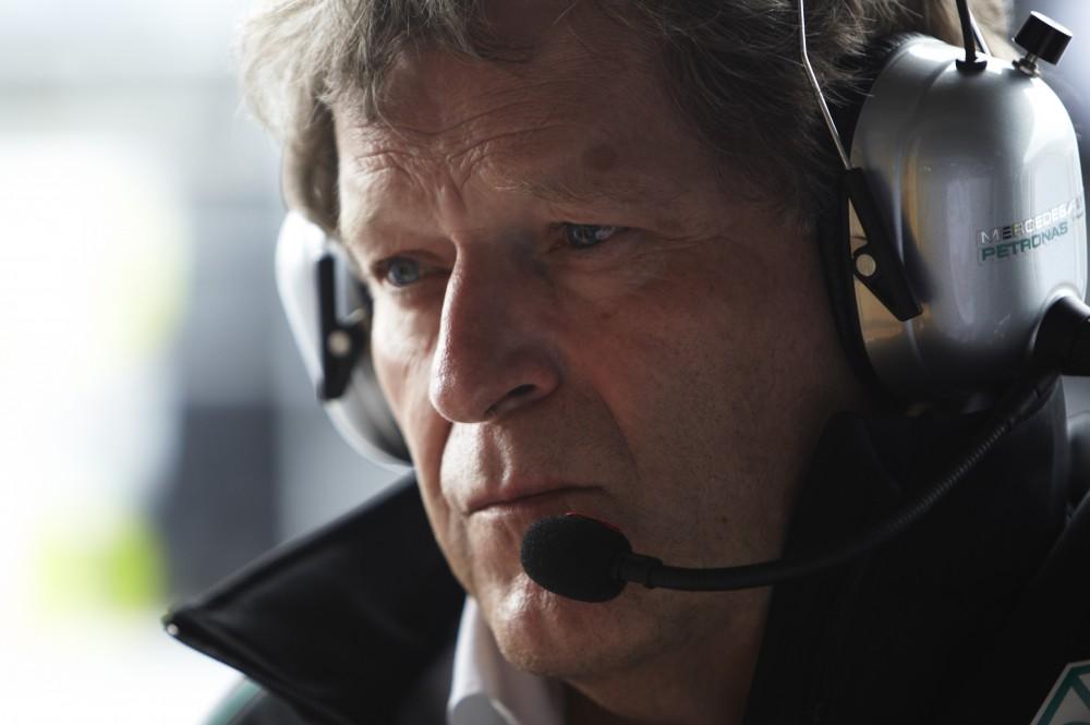 N. Haugas: F-1 nuvertina lenkimų metu atliekamus manevrus