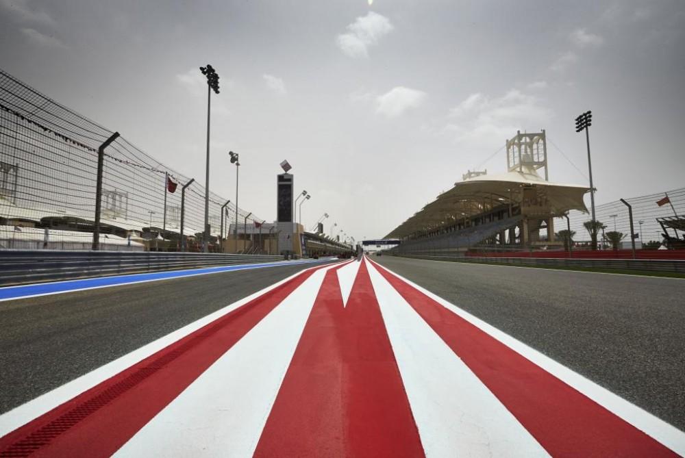Komandos sutarė bandymus rengti Bahreine