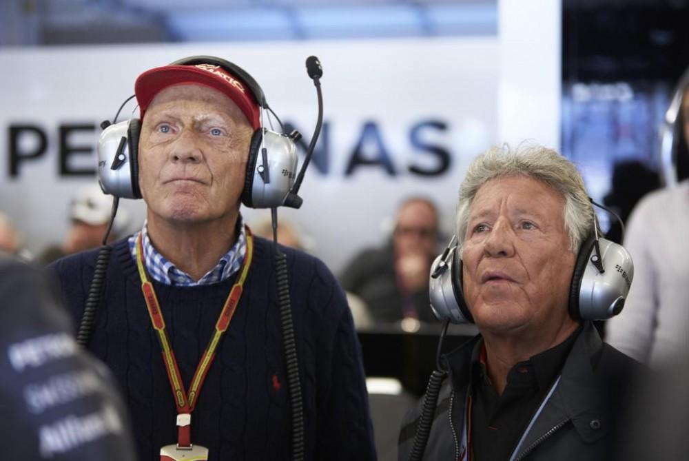 "M. Andretti: ""Ferrari"" buvo galima palikti K. Raikkoneną"