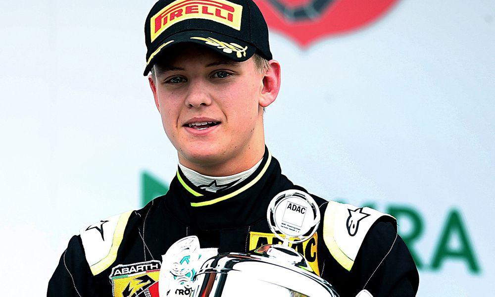 "H. Marko: ""Toro Rosso"" nesvarsto M. Schumacherio kandidatūros"