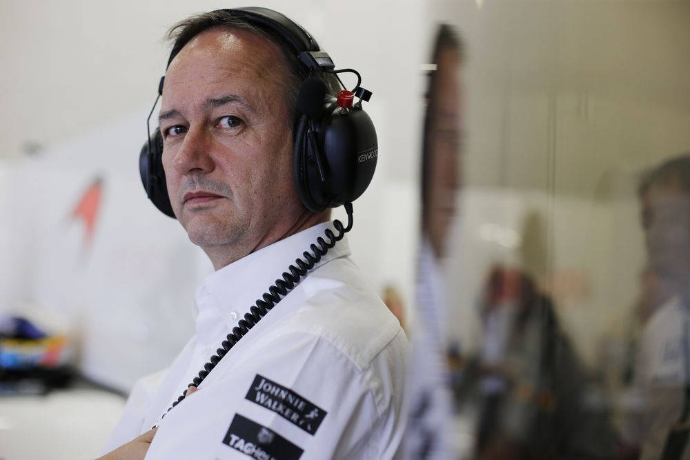 "J. Nealas pasitrauks iš ""McLaren"""