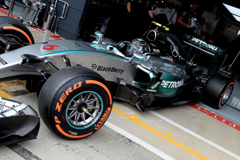 N. Rosbergas stebisi greičio stoka