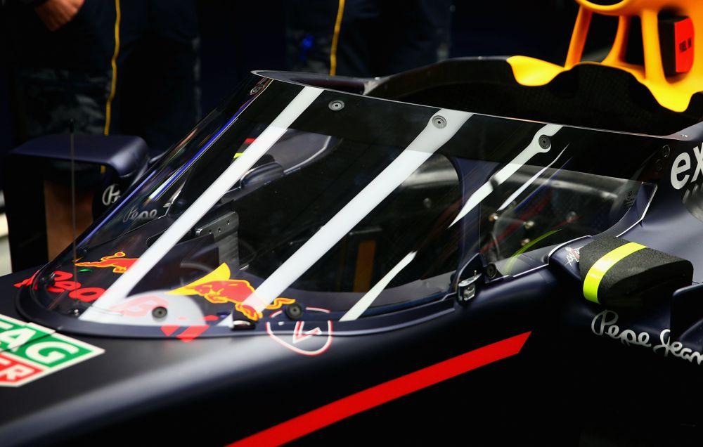 """""""Red Bull"""" pristatė """"aerodinaminį skydą"""""""