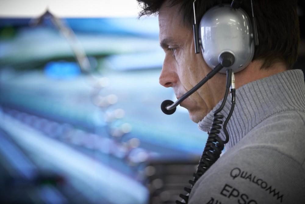 """T. Wolffas įsigijo """"Aston Martin"""" akcijų"""
