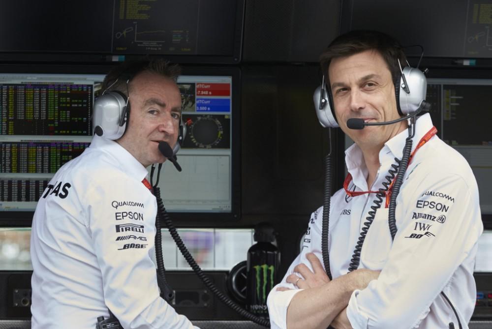 """J. Plooijis: Pamatyti T. Wolffą """"Aston Martin"""" komandoje - realu"""