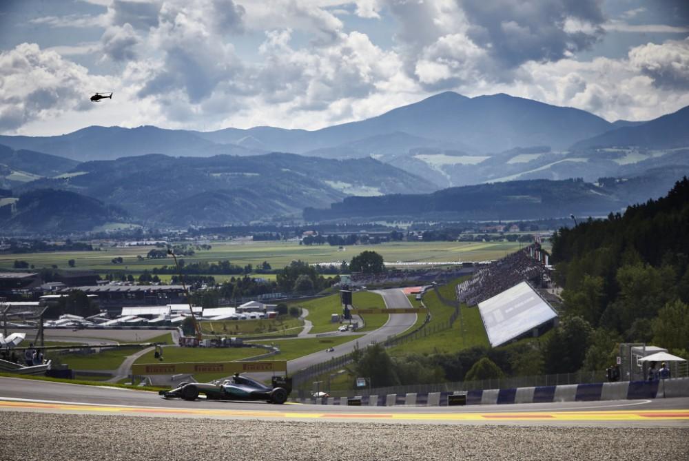 Sirgaliai važiuoja į Austriją, nors lenktynės vyks be žiūrovų