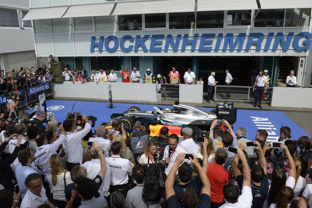 Atsirado viltis, kad Hockenheimas liks F-1 kalendoriuje