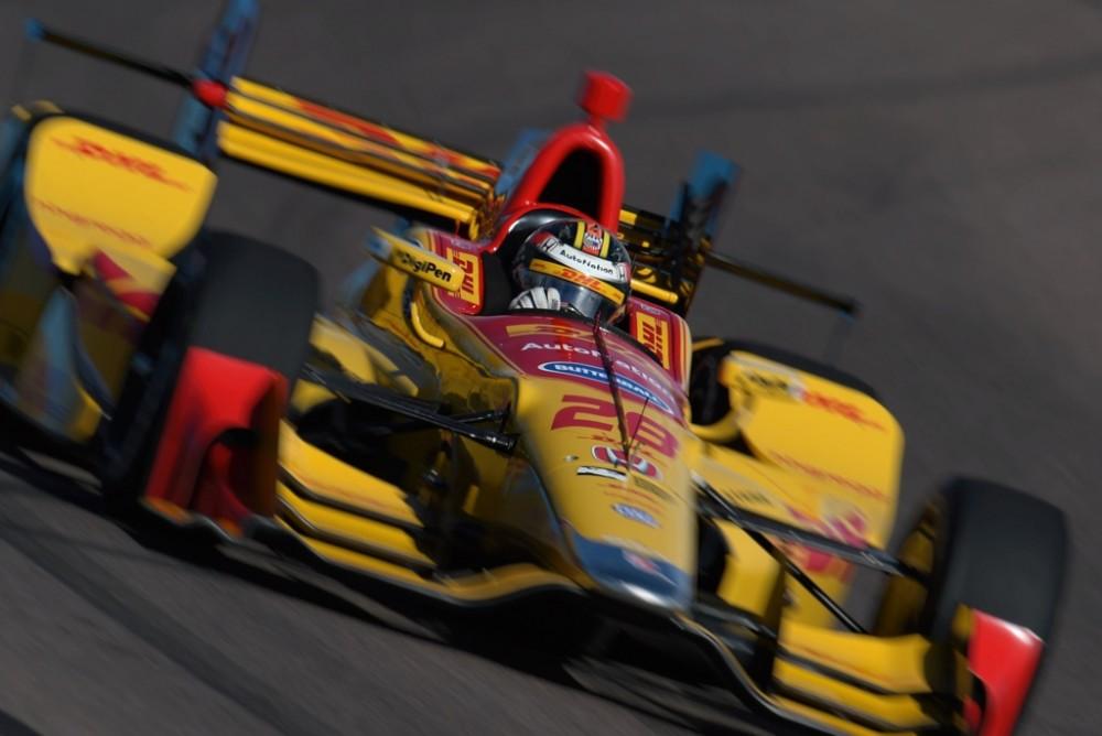 IndyCar. R. Hunteris-Reay'us buvo greičiausias paskutinę bandymų dieną
