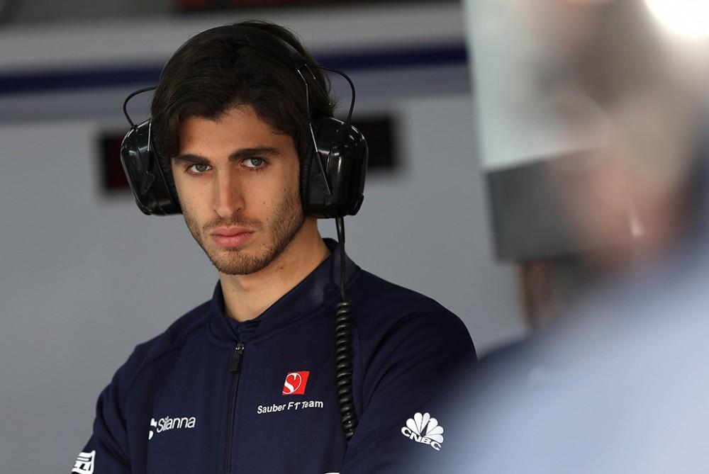 "A. Giovinazzi ""Haas"" bolidą išbandys septyniose treniruotėse"