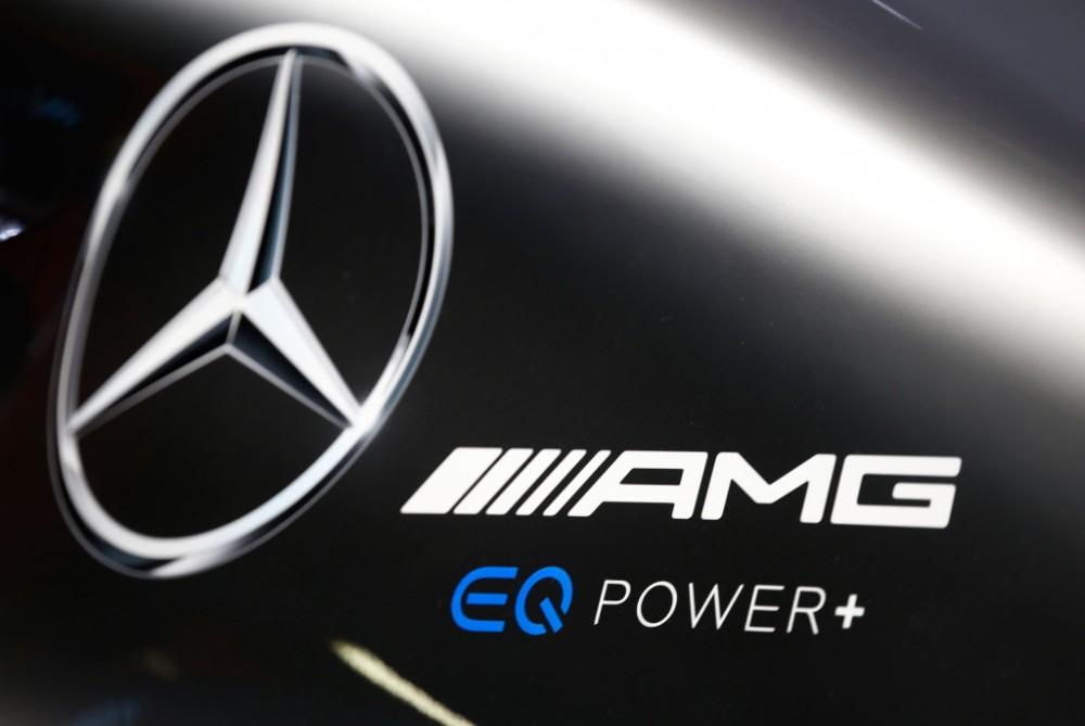 """""""Mercedes"""" inžinieriams pavyko kompensuoti prispaudžiamąją jėgą"""