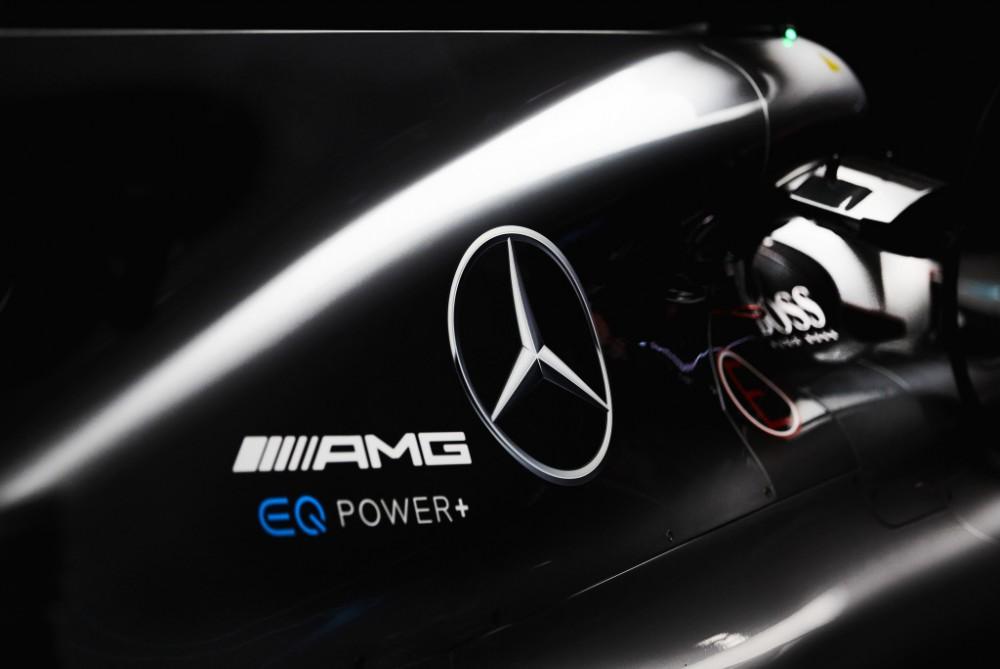 """""""Mercedes"""": 2018 m. variklis bus beveik naujas"""