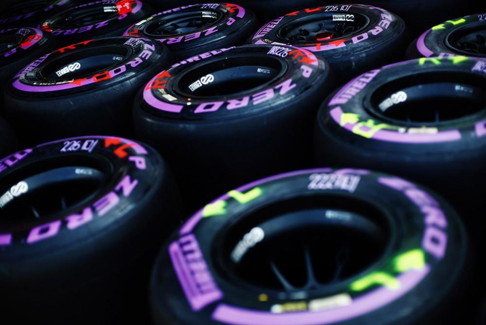 """""""Pirelli"""" tikisi vieno arba dviejų sustojimų Silverstoune"""