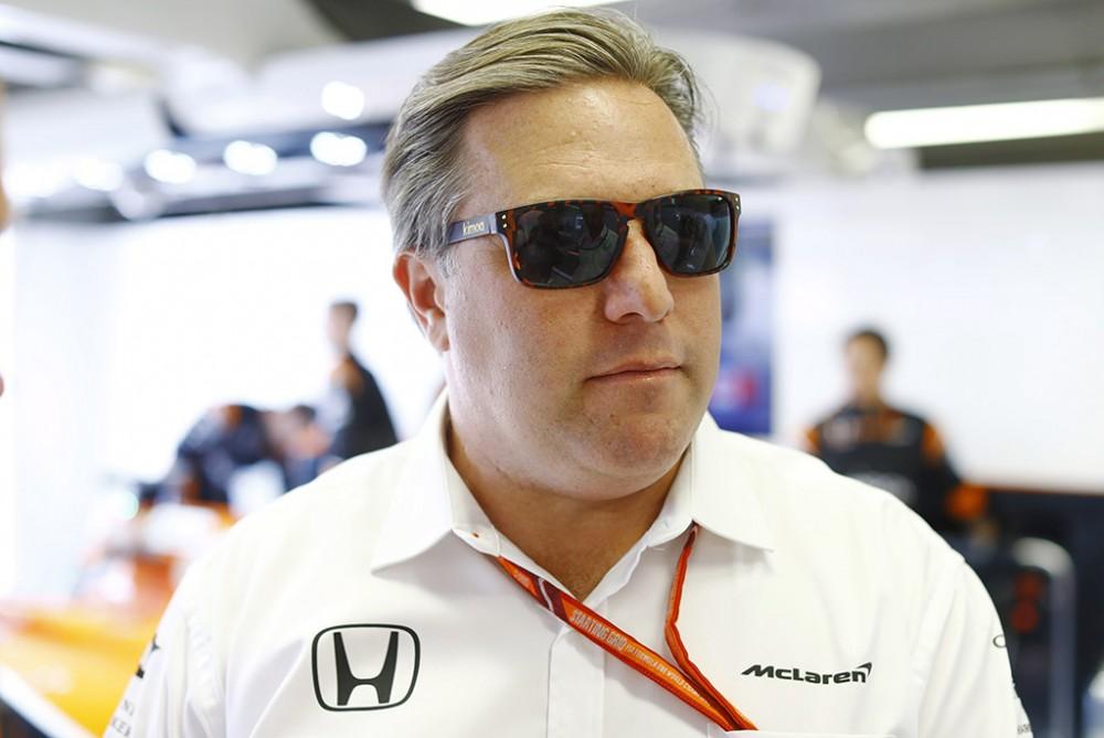 """Įsiutęs """"McLaren"""" vadovas: taip tęstis nebegali"""