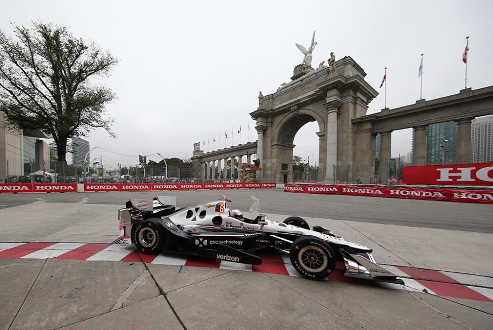 """IndyCar. Toronte """"pole"""" poziciją iškovojo S. Pagenaud"""