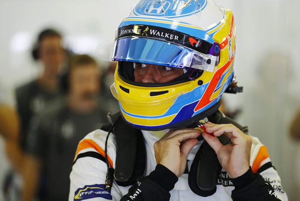 """C. Abiteboulas: 2018 m. sezonas - netinkamas metas F. Alonso grįžti į """"Renault"""""""