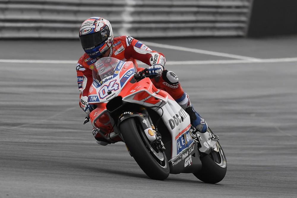 "MotoGP. Austrijoje - trečioji A. Dovizioso ir ""Ducati"" pergalė"