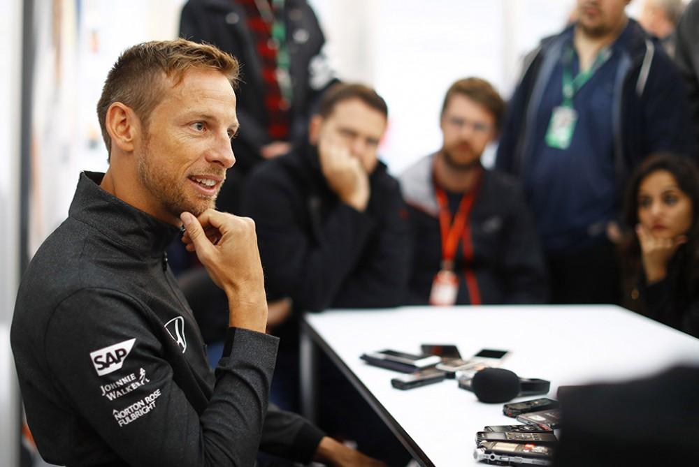 J. Buttonas: Monake vertėtų duoti dvigubus taškus