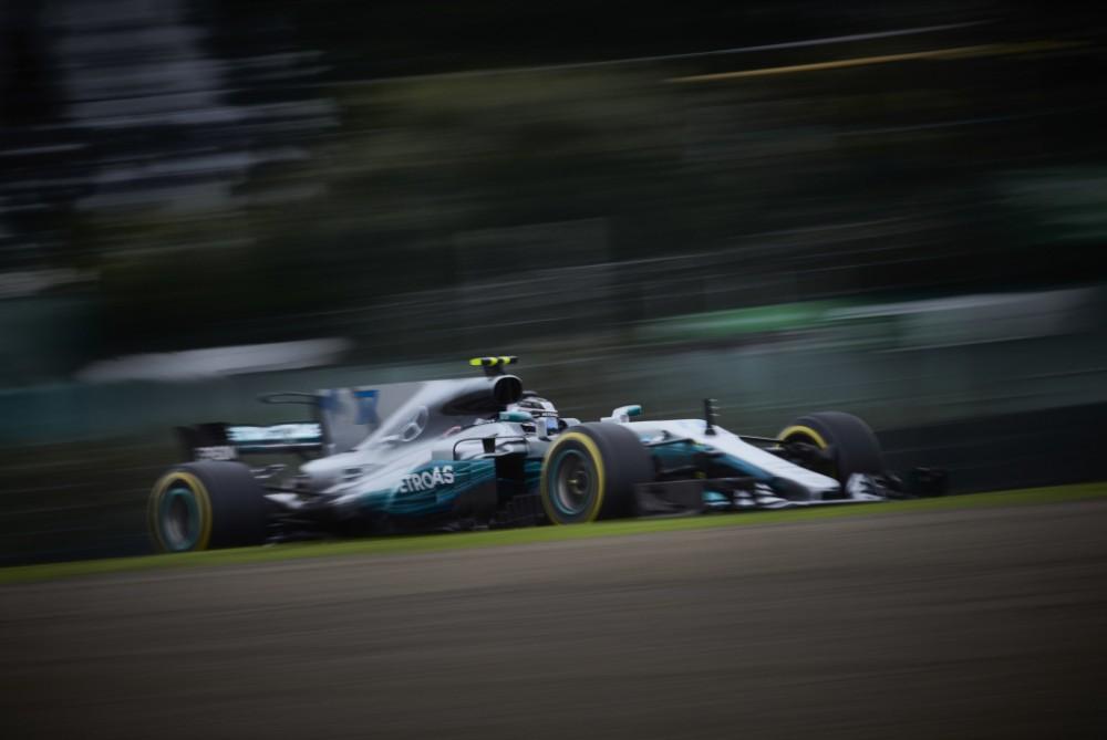 V. Bottas: situacija klostosi Lewiso naudai