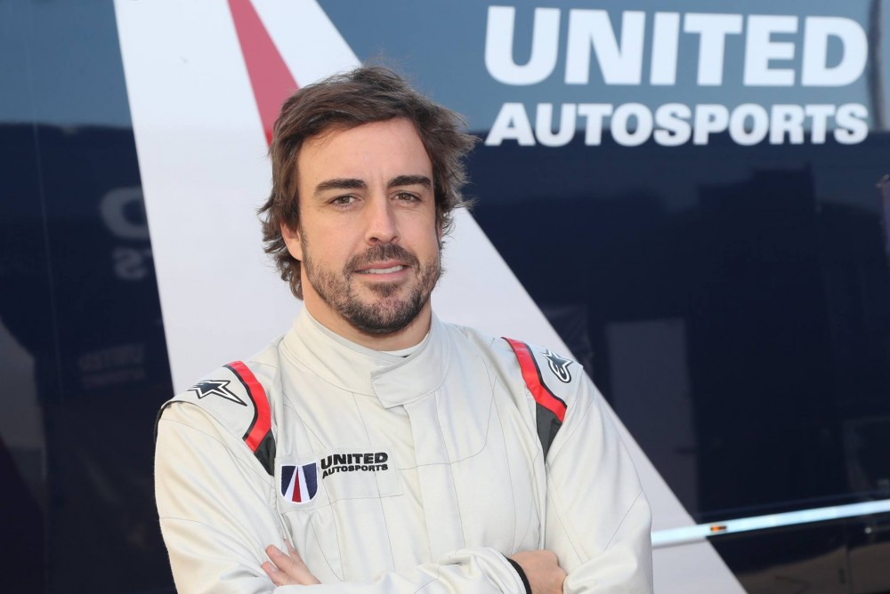 "F. Alonso pirmas išbandys ""McLaren"" bolidą bandymų metu"