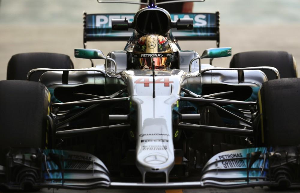 """Z. Brownas mielai sugrąžintų L. Hamiltoną į """"McLaren"""""""