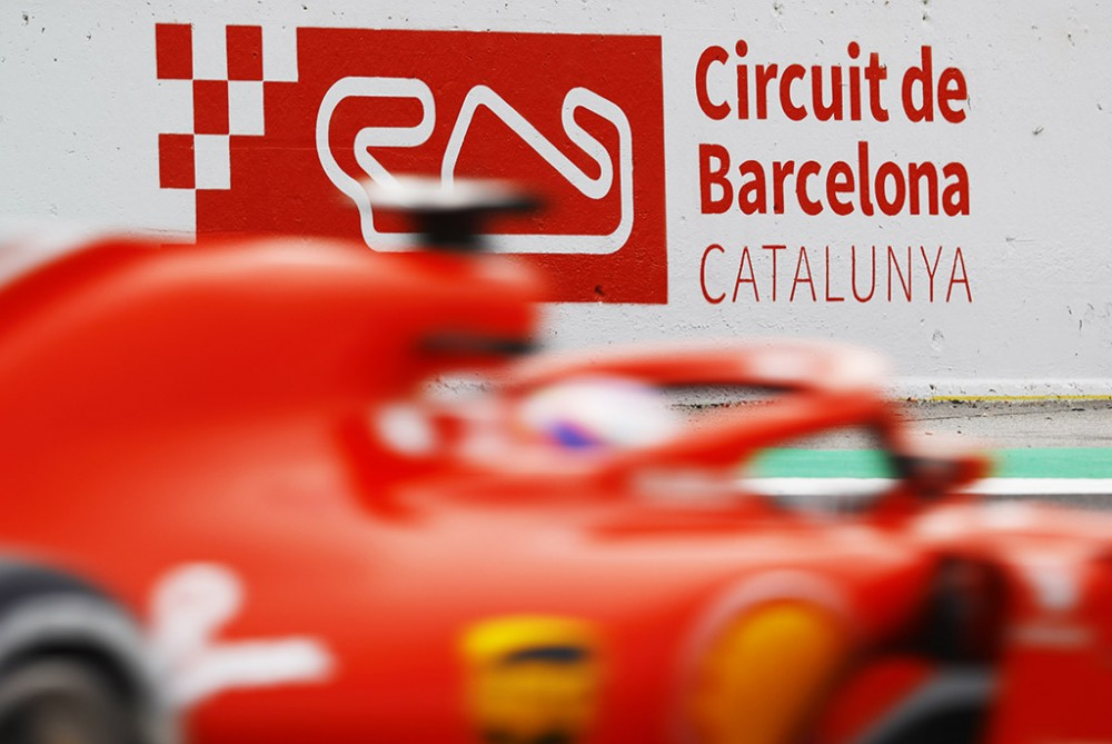 Barselonoje prasidėjo F-1 bandymai