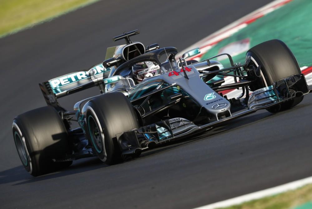 """L. Hamiltonas: įveikti """"Red Bull"""" bus rimtas iššūkis"""