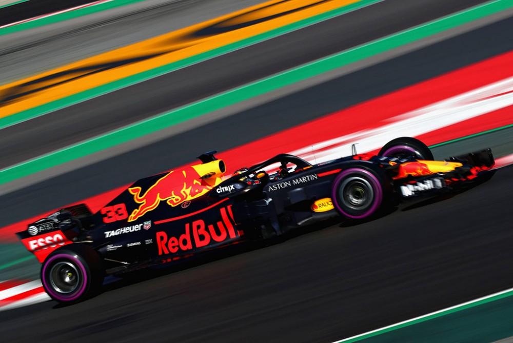 """M. Verstappenas: """"Renault"""" ir """"McLaren"""" nėra konkurentės """"Red Bull"""" ekipai"""