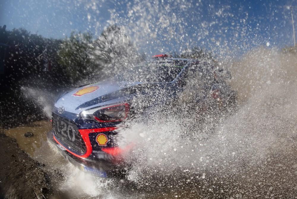WRC. Meksikoje pirmauja D. Sordo, o S. Loebas trečias