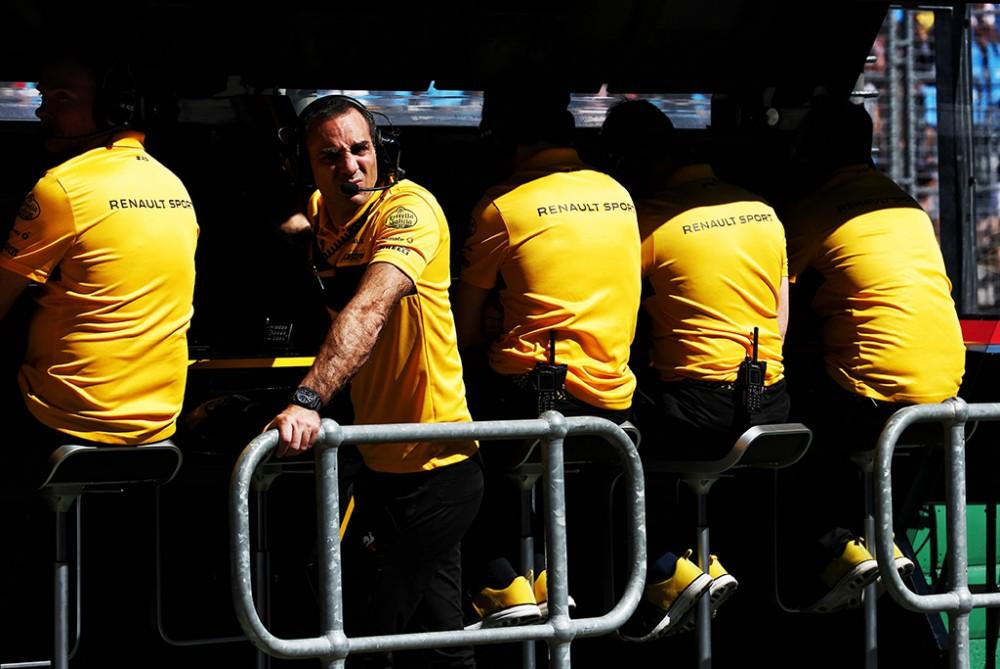 """C. Abiteboulas: vargu ar F. Alonso sugrįš į """"Renault"""""""