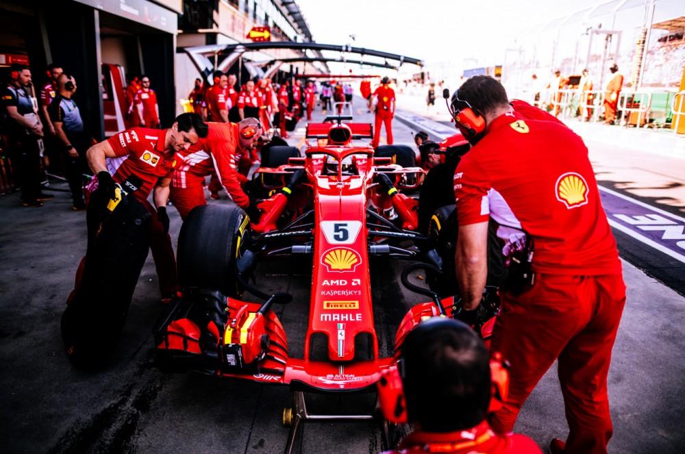 Australijos GP: šeštadienio treniruotės
