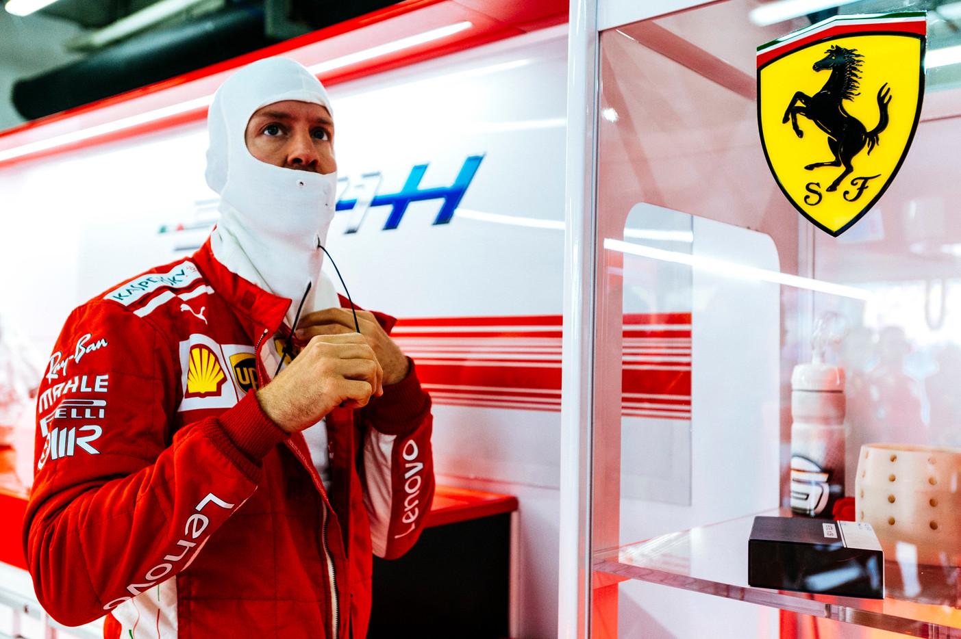 S. Vettelis: saugos automobilis trasoje pasirodė netinkamu metu