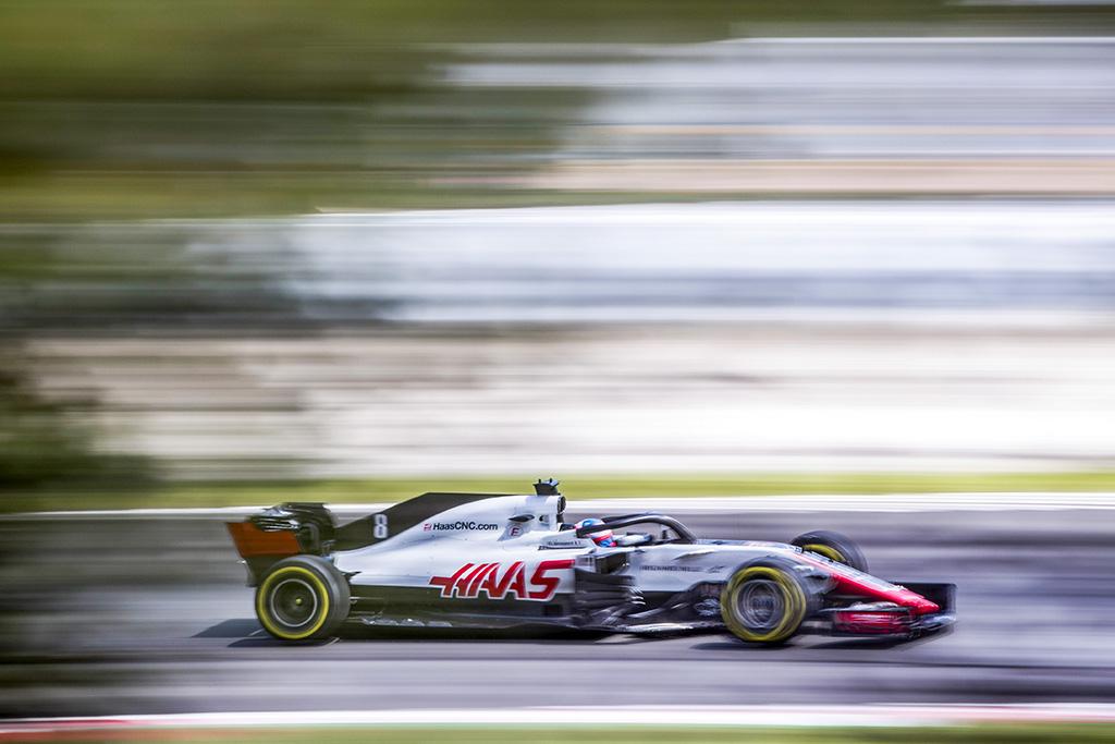 R. Grosjeanas buvo greičiausias rytiniuose Barselonos bandymuose