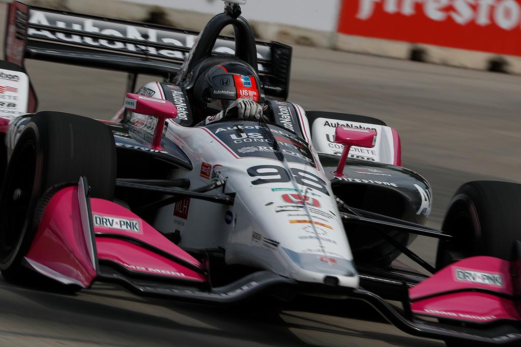 "IndyCar. Detroite po ilgos pertraukos ""pole"" iškovojo M. Andretti"