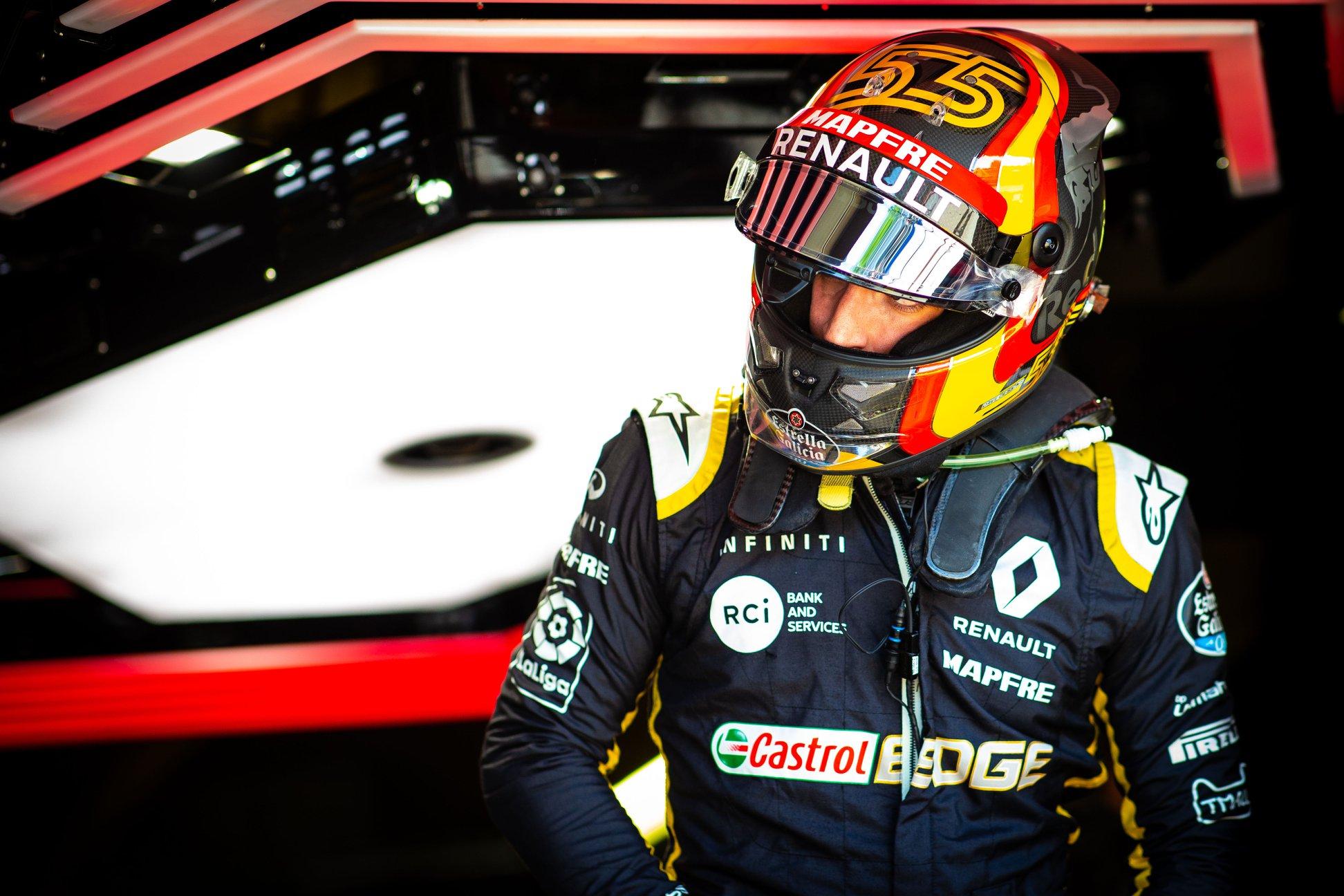 """F. Alonso įsitikinęs, kad C. Sainzas gali vesti """"McLaren"""" į priekį"""