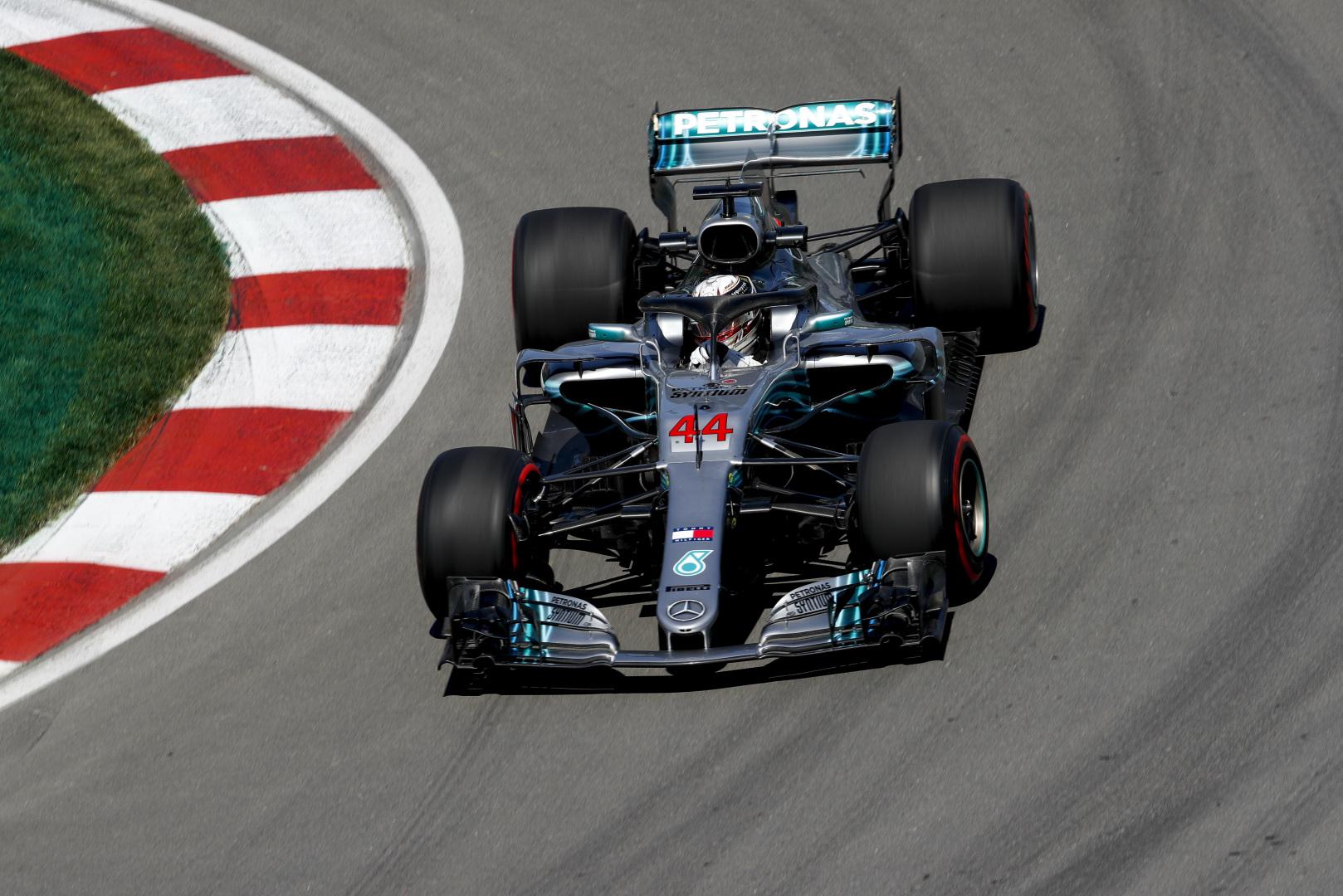 L. Hamiltonas galvojo, kad jo variklis sprogs lenktynių metu