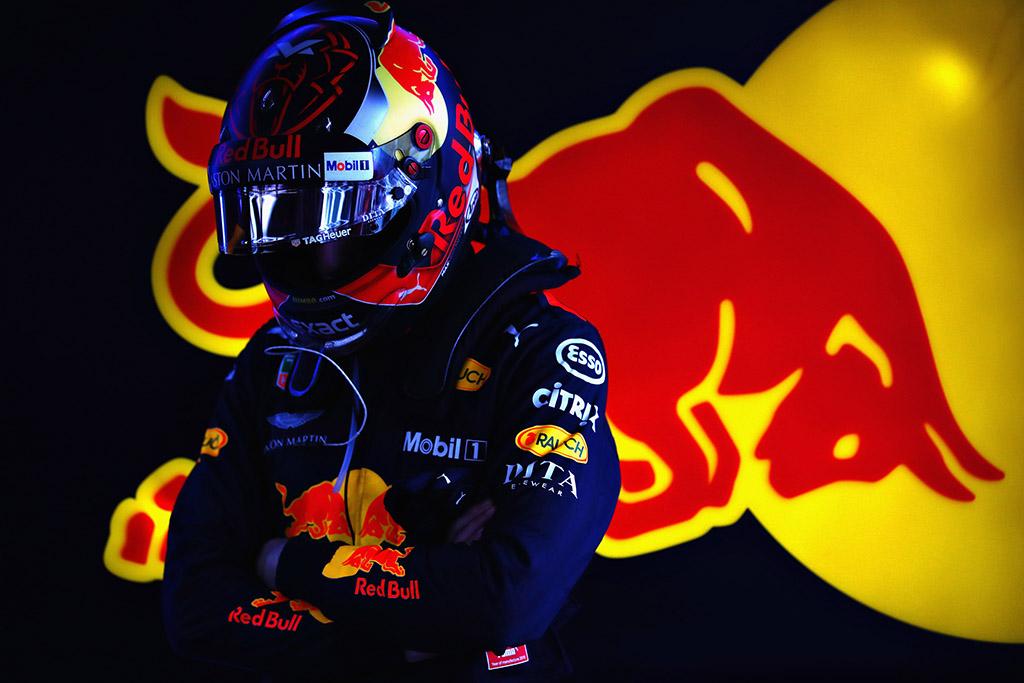 M. Verstappenas ir R. Grosjeanas - daugiausiai baudos taškų surinkę pilotai