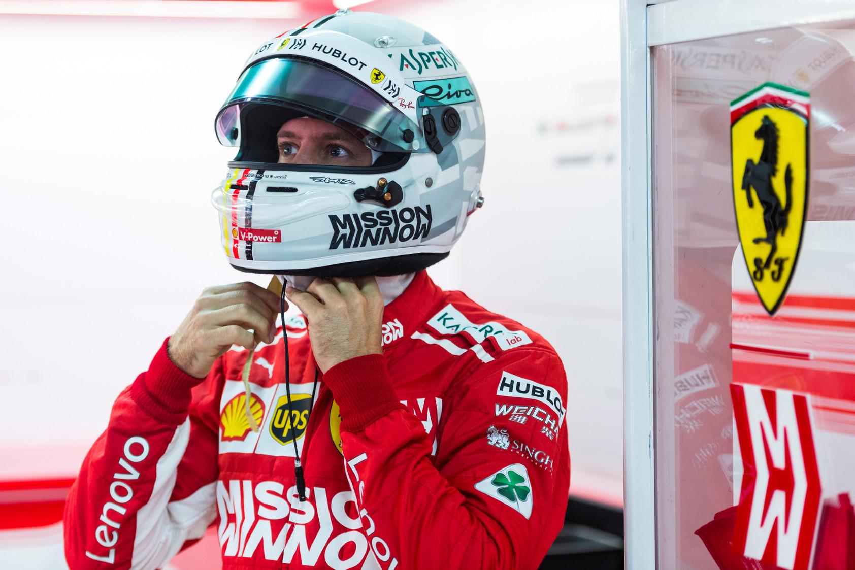 """S. Vettelis metų gale neplanuoja pasitraukti iš """"Ferrari"""" komandos"""