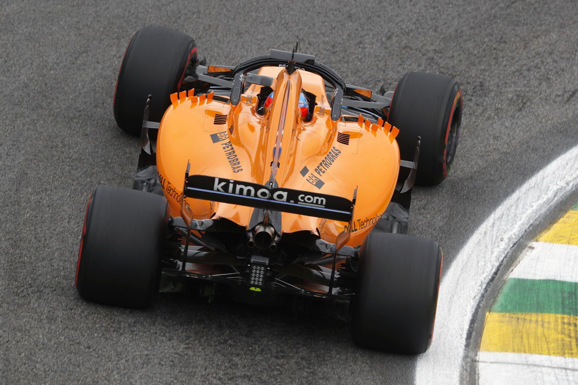 """F. Alonso atskleidė nepasiteisinusią """"McLaren"""" taktiką"""