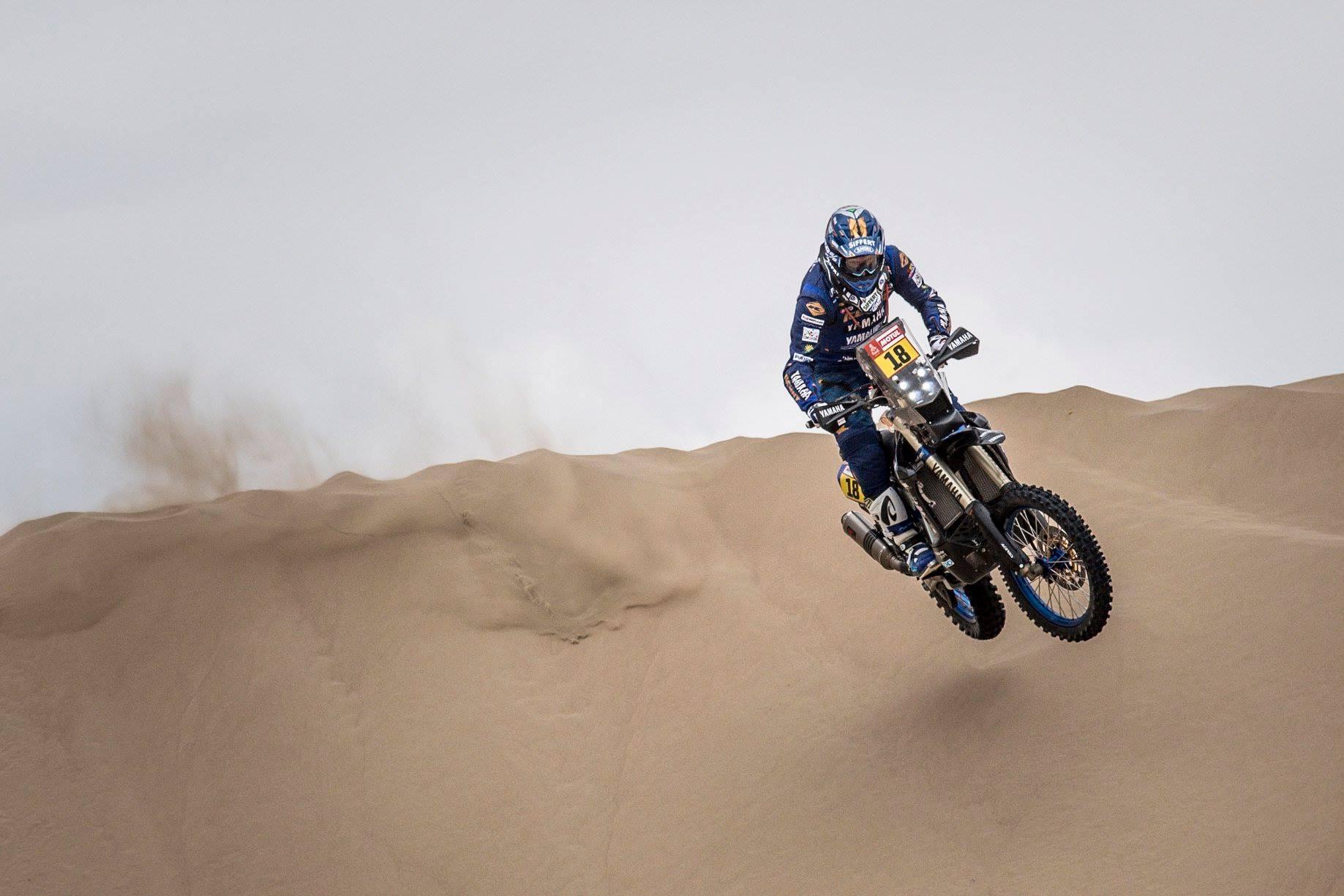Dakaras. Po trečiojo greičio ruožo - naujas lyderis motociklininkų klasėje