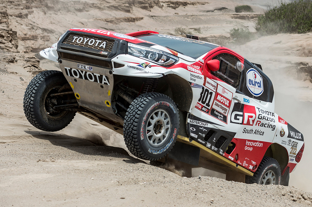 "Dakaras. N. Al-Attiyah: F. Alonso nori išbandyti mano ""Toyota"" automobilį"