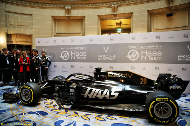 """""""Alfa Romeo"""" atsiradimas neturėtų būti problema """"Haas"""" ekipai"""