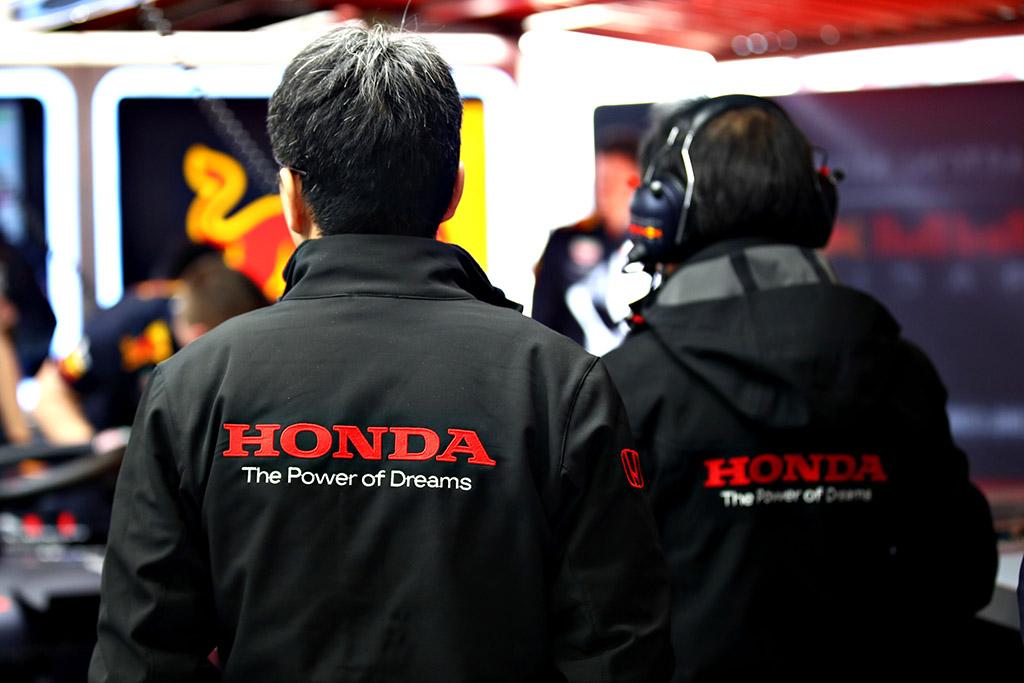 """""""Honda"""" lėktuvų variklių padalinys padėjo išspręsti F-1 motoro problemas"""